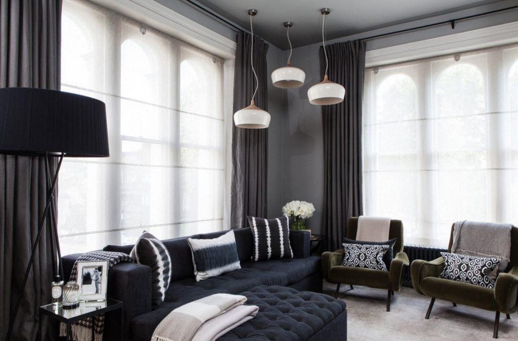 Чёрные шторы в разных интерьерах
