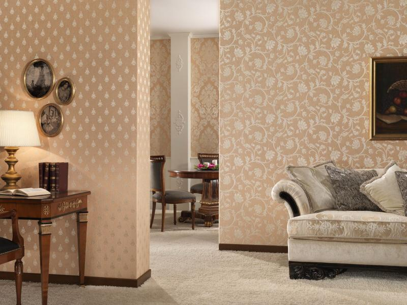 Персиковые обои для стен в интерьере разных помещений
