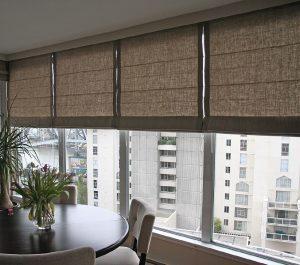 Как выбрать шторы на лоджию или балкон: критерии выбора, как.