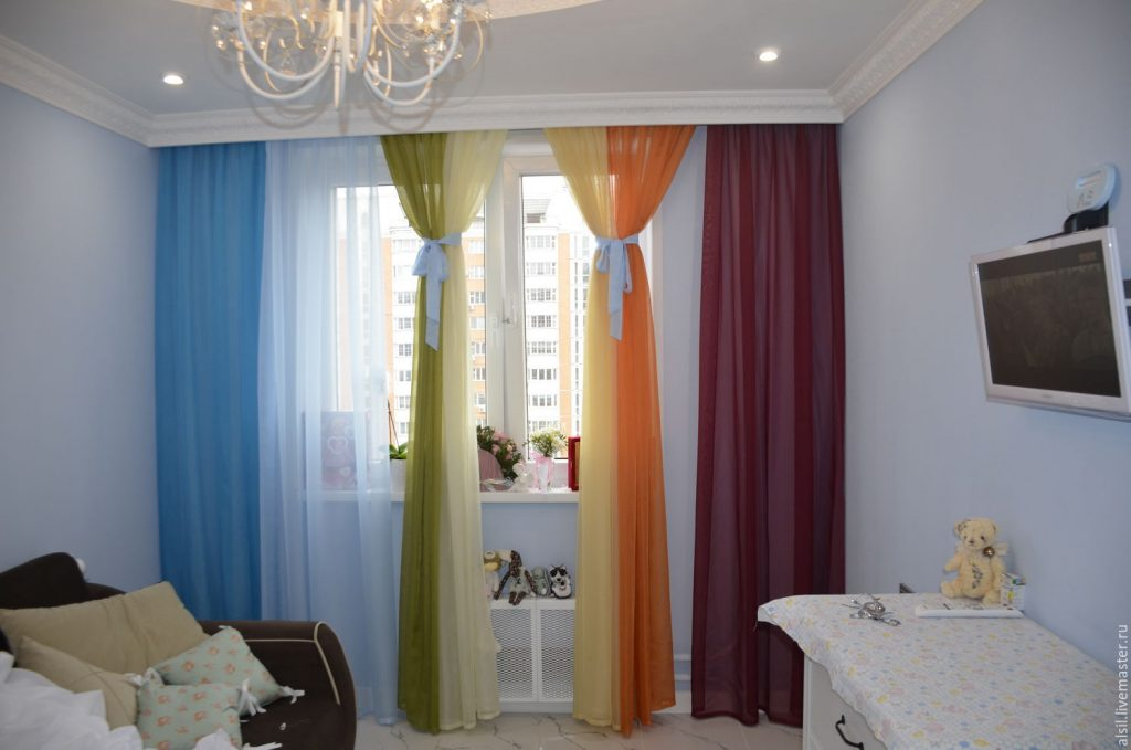 Как выбрать шторы в детскую комнату